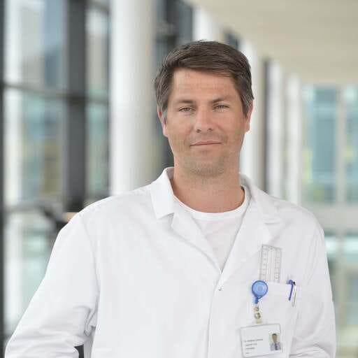 Mobilität und Lebensqualität durch gesunde Gelenke - Matthias Schmied - orthopädischer Chirurg in Zürich